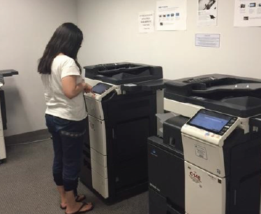 Above: Many students find the new updated printing system at in the Library to be much easier and faster to use. LU Photo.