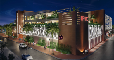 iPic Declares Bankruptcy